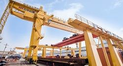 Gantry Crane Services   Weihua Cranes