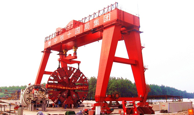 440 tons shield gantry crane for China Railway Group produced by Weihua Cranes